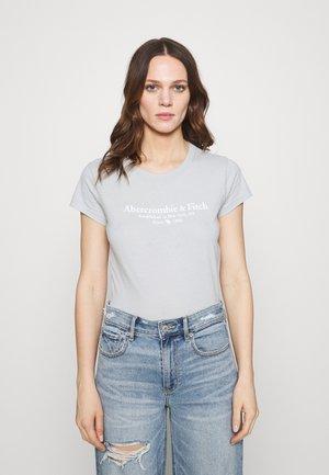 LOGO TEE - Print T-shirt - light blue