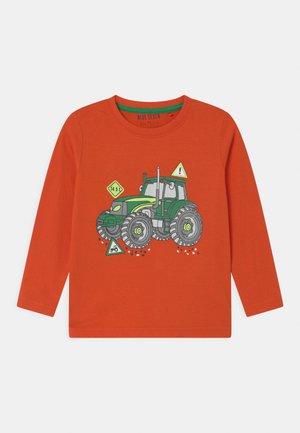 KIDS SMALL BOYS - Long sleeved top - orange