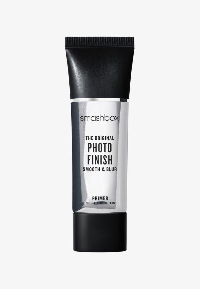THE ORIGINAL PHOTO FINISH SMOOTH & BLUR PRIMER - TRAVEL SIZE 12ML - Primer - -