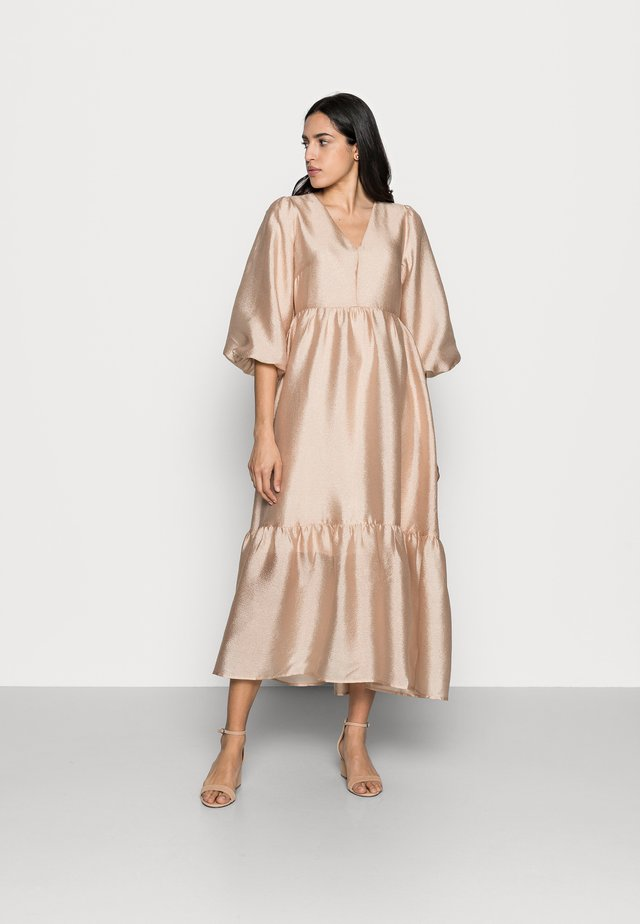 YIVA DRESS - Vestito elegante - powder beige