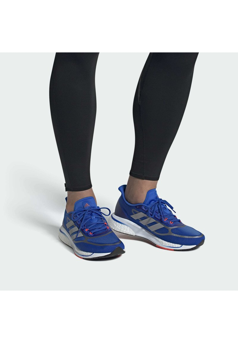 adidas Performance - SUPERNOVA + BOOST BOUNCE PRIMEGREEN RUNNING REGULAR SHOES - Neutral running shoes - blue
