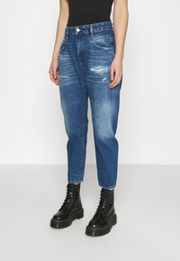 Diesel - D-FAYZA - Jeans Tapered Fit - medium blue - 0