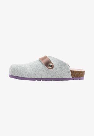 GAVARNIE - Clogs - grey