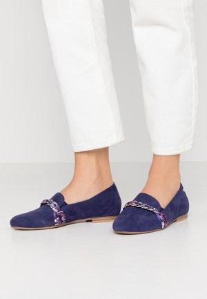 Slippers - cobold