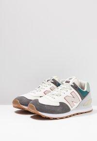 New Balance - ML574 - Sneakers - grey/green - 2