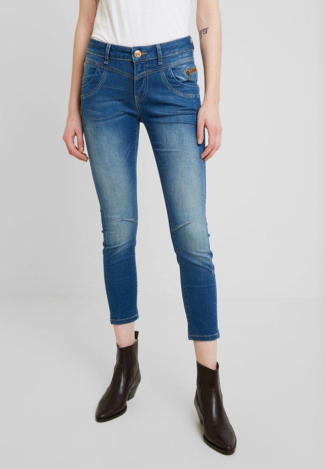 SHARON SPLIT - Slim fit jeans - dark blue