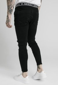 SIKSILK - ELASTICATED WAIST DISTRESSED - Skinny džíny - black - 2