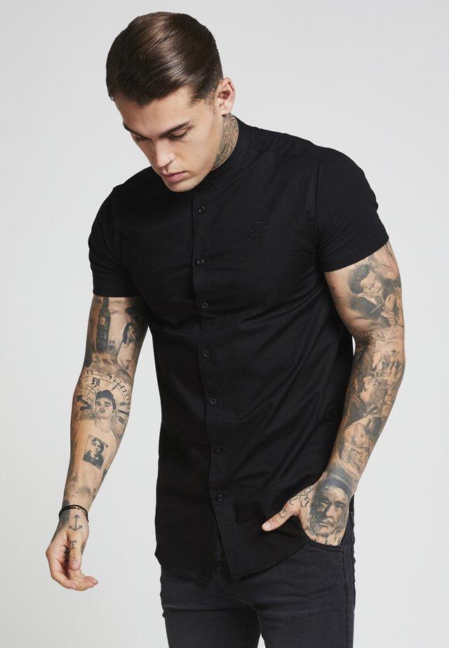 GRANDAD SLEEVE FITTED - Shirt - black