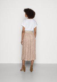 Rich & Royal - SKIRT PLISSEE - Pleated skirt - beige - 2