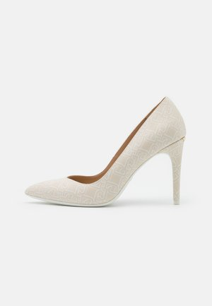 VICKIE DÉCOLLETÉ - Classic heels - milk