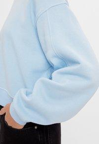 Bershka - Sweatshirt - light blue - 3