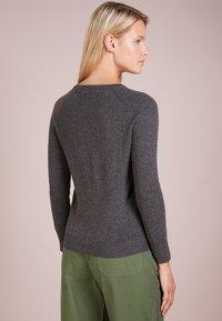 pure cashmere - CLASSIC CREW NECK  - Svetr - graphite - 2
