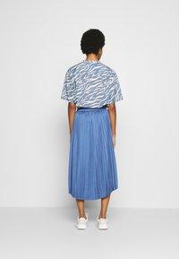 Moss Copenhagen - SENTA SKIRT - A-line skirt - gray blue - 2