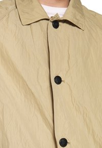 Weekday - BARCLAY TECH COAT - Classic coat - beige - 5