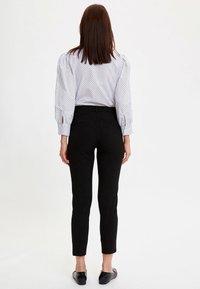 DeFacto - Pantaloni - black - 2
