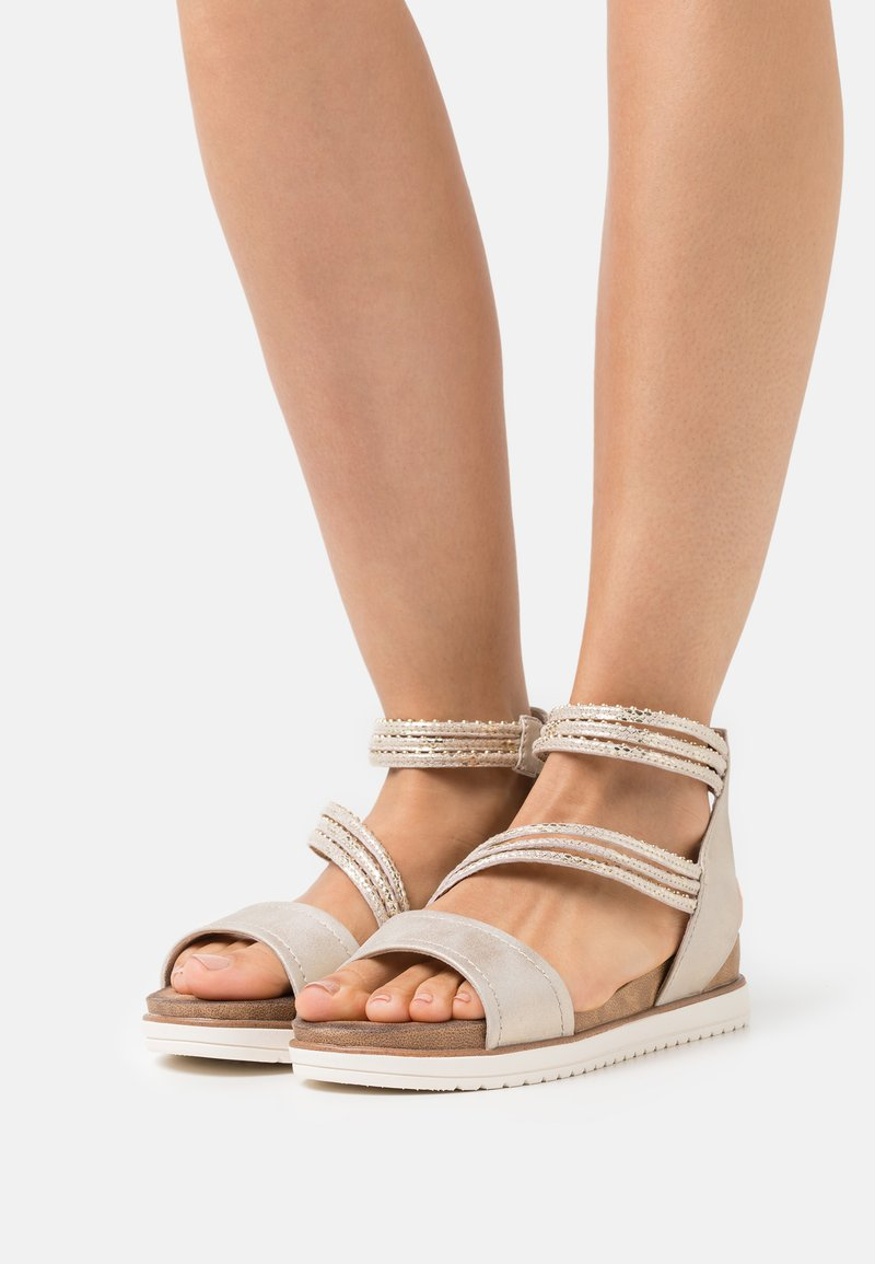 Tamaris - Platform sandals - light gold