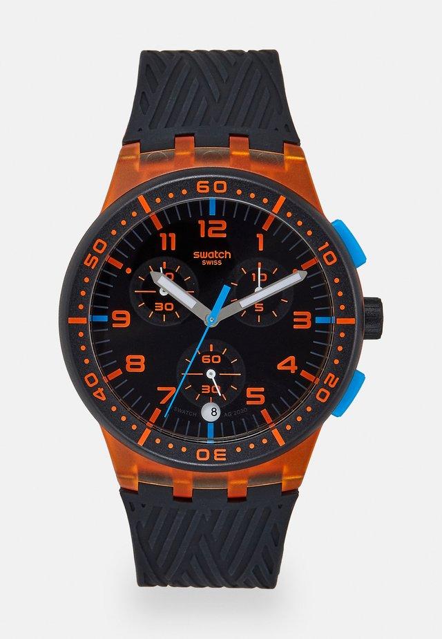 YELLOW TIRE - Chronograph watch - orange