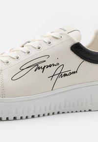 Emporio Armani - Sneakers laag - white - 5