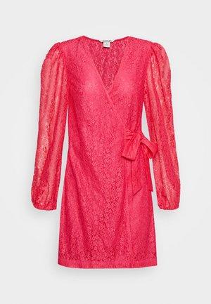 AMY DRESS - Cocktailkjole - pink