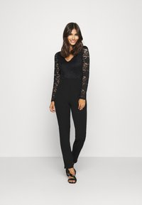 Anna Field - OCCASION - LONG SLEEVES LACE TOP JUMPSUIT - Combinaison - black - 1