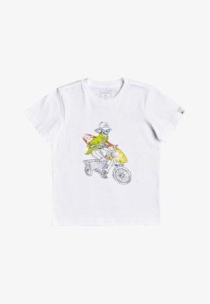STOKED FOR SUMMER - Print T-shirt - white