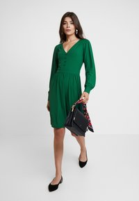mint&berry - Jersey dress - green - 2