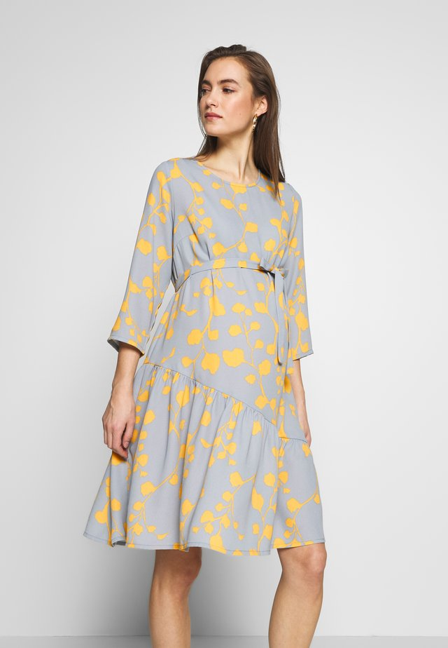 MLKIRA 3/4 DRESS - Day dress - ashley blue/golden apricot