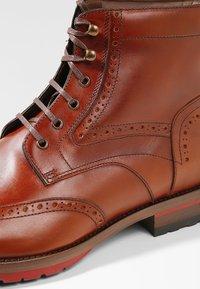 Floris van Bommel - ROSSI - Lace-up ankle boots - dark cognac - 5
