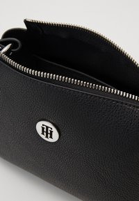 Tommy Hilfiger - CORE CROSSOVER - Across body bag - black - 4