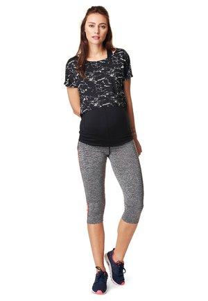 FLORIEN - Print T-shirt - black