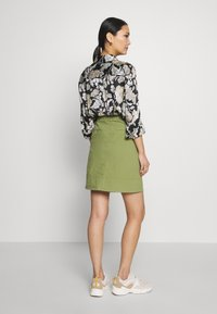 Marc O'Polo - SKIRT CHINO STYLE SHORT LENGTH - A-line skirt - seaweed green - 2