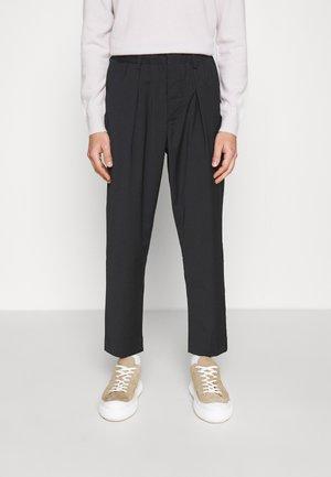 TROUSERS - Pantalon classique - navy