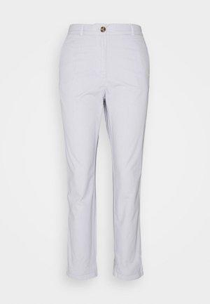 Pantalones chinos - light blue