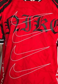 Nike Sportswear - TREND TOP EVIL - T-shirt con stampa - university red - 5