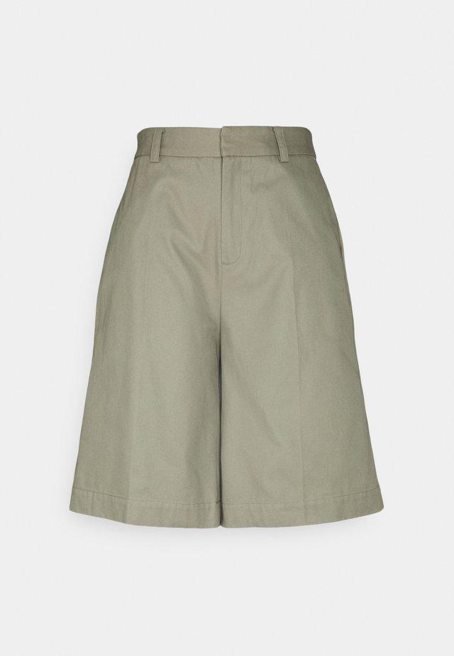 HAZEL SHORTS - Shortsit - dusk khaki