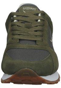 Sansibar Shoes - Sneakersy niskie - olivegrün - 6