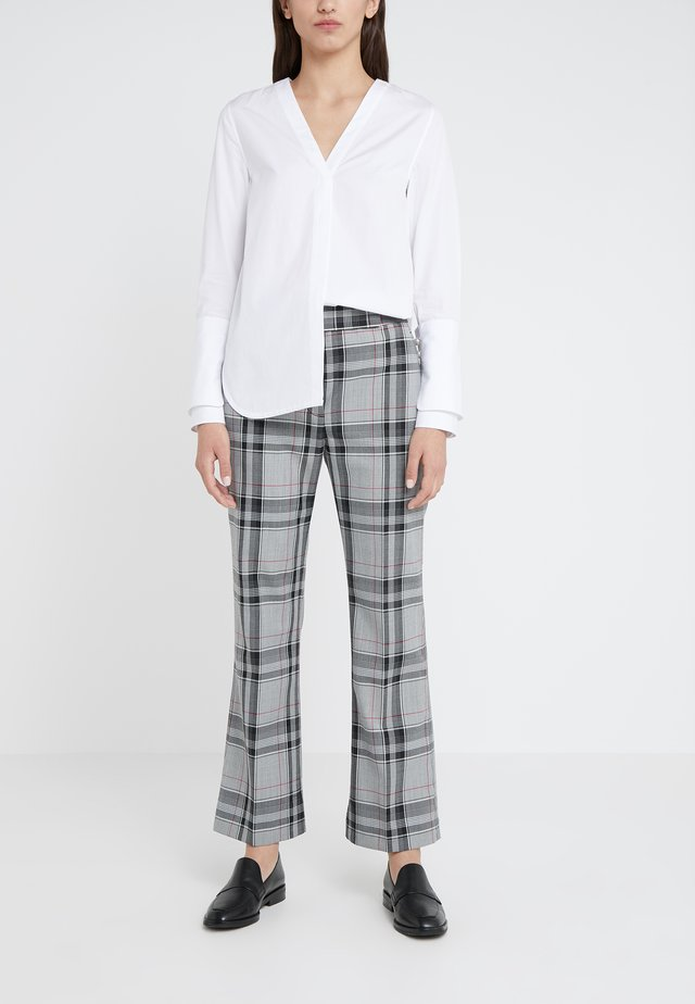 PLAID TOPSTITCH SEAMLINE PANT - Pantaloni - white/navy/hot pink