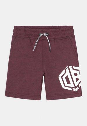 RAMBOR - Shorts - maroon red