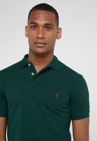 Polo Ralph Lauren - SLIM FIT MODEL  - Polo - college green - 3