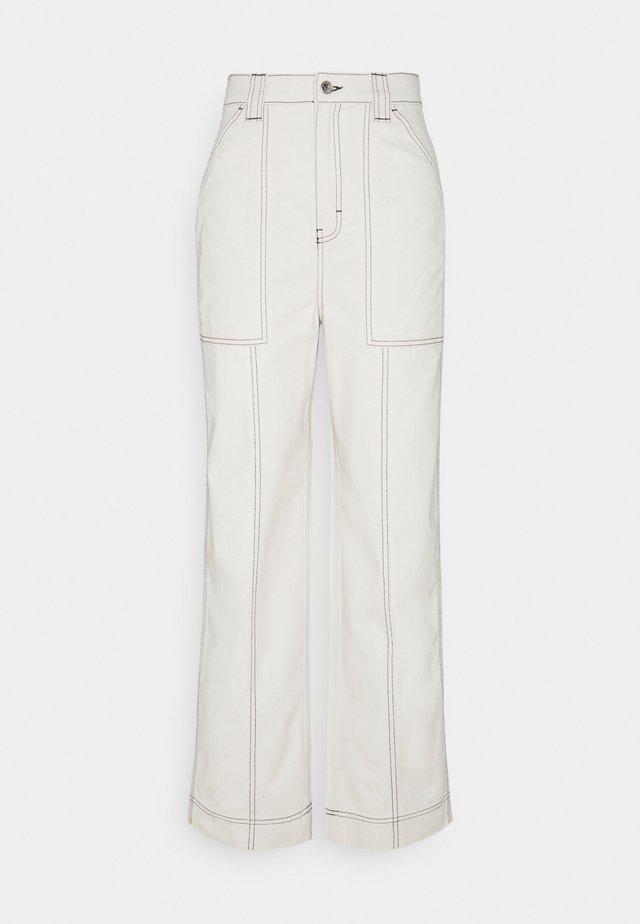 GWYNETH TROUSER - Pantaloni - cream
