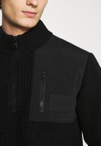 Calvin Klein Jeans - UTILITY HALF ZIP SWEATER - Jumper - black - 5