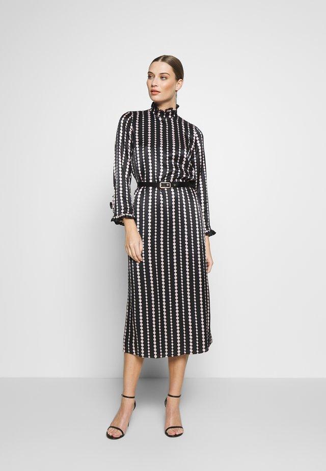 PEARL DROPS HIGH NECK DRESS - Koktejlové šaty/ šaty na párty - black
