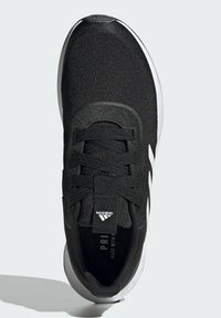 adidas Performance - QT RACER SPORT LGHTMOTON PRIMEBLUE RUNNING REGULAR SHOES - Treningssko - black - 2