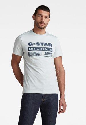 ORIGINALS HD GRAPHIC - T-shirt con stampa - gum