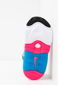 Nike Sportswear - AIR MAX 200 - Zapatillas - white/black/hyper pink/photo blue - 5