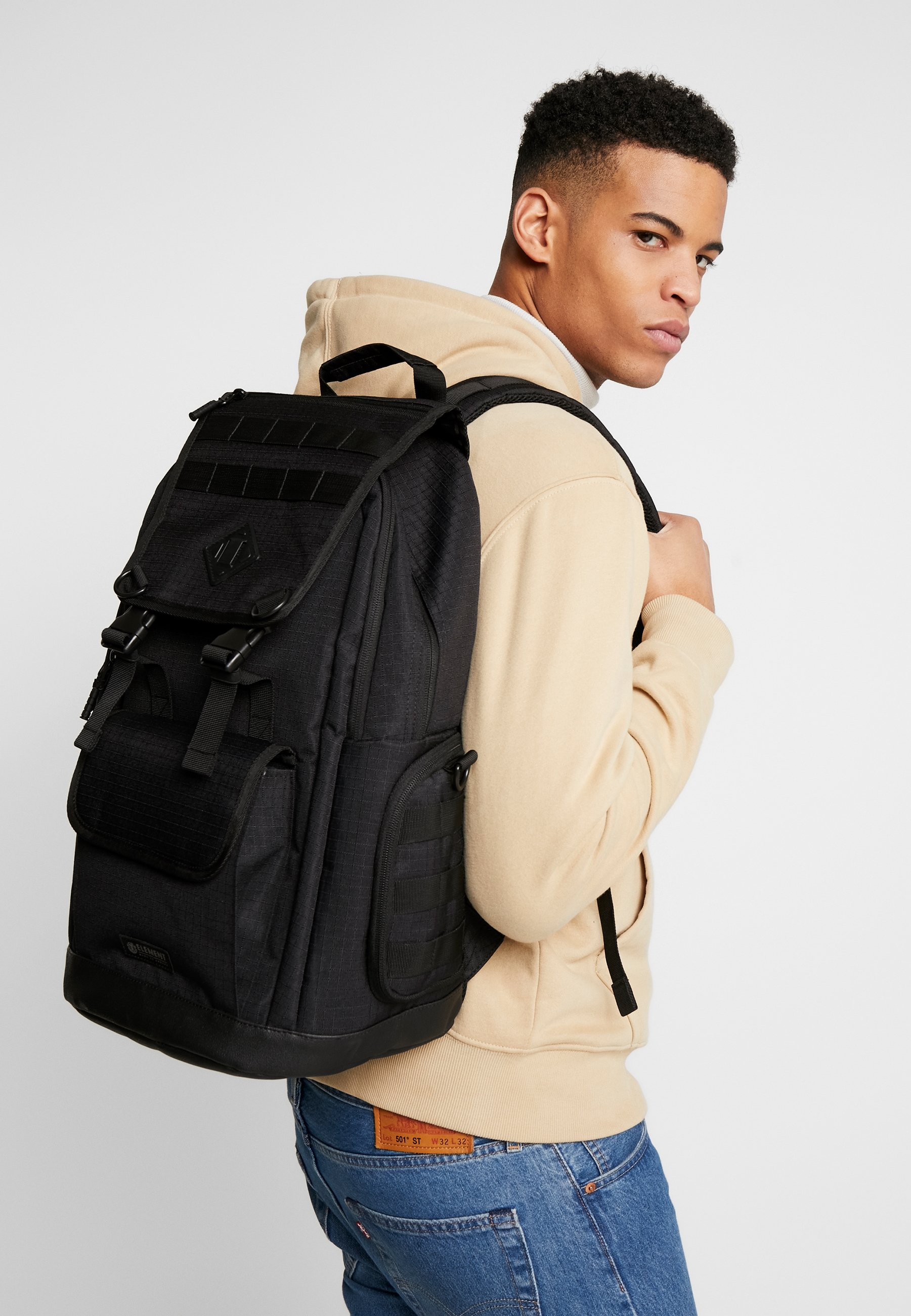 CYPRESS RECRUIT Tagesrucksack all black