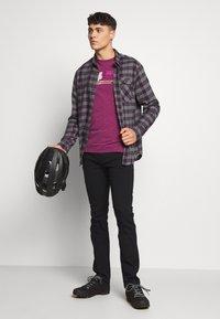 Fox Racing - LIGHTSPEED HEAD TECH TEE  - Funktionsshirt - purple - 1