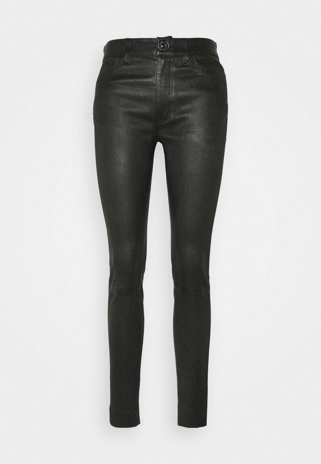 PANTS - Pantalón de cuero - black