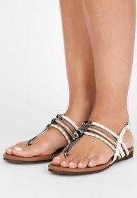 LASCANA - T-bar sandals - gold-colored camel-cream - 0