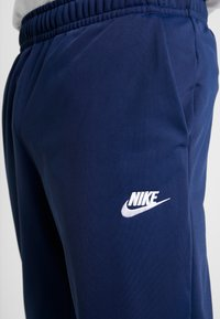 Nike Sportswear - SUIT - Tracksuit - midnight navy/white - 8